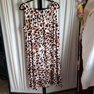 Anne Klein plus size 2X cheetah/animal print dress